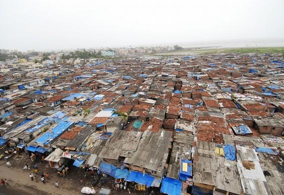 中国贫民窟风景_印度各大城市存在大面积贫民窟