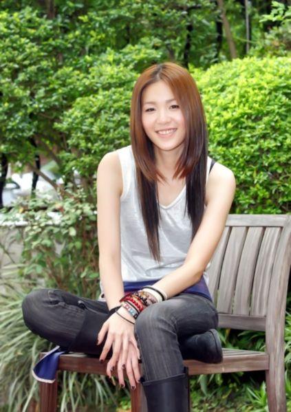 台湾女歌手张悬(资料图)