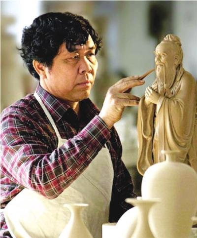 中国工艺美术大师孔相卿图片