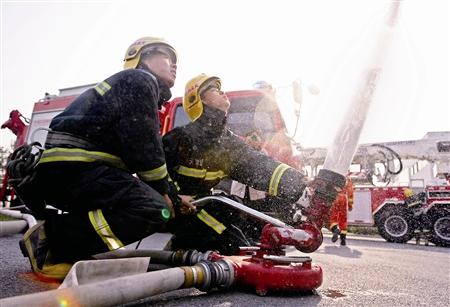 消防演习(图)