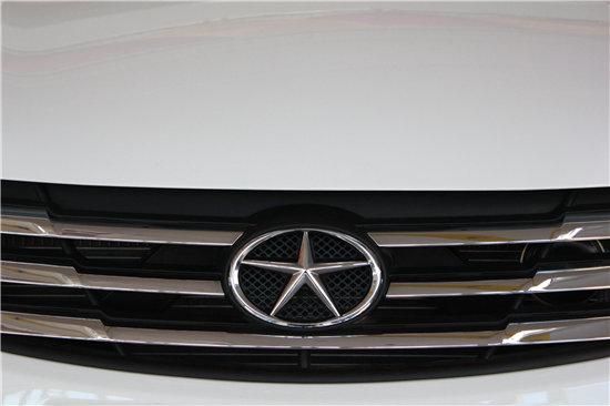 五角星的车标是什么车-告别单身的奔跑 双十一实拍江淮和悦A30