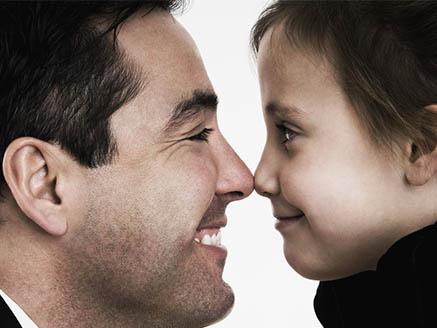 生养女孩的父亲在职场表现更好