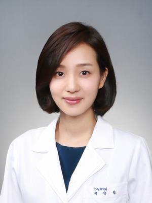新闻资讯_媒体新闻滚动_搜狐资讯    报道称,许洋林毕业于韩国梨花女子大学