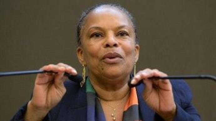 法国司法部长克里斯蒂亚娜・托比拉