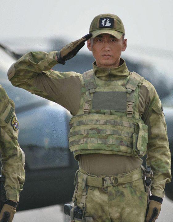 我是特种兵三_《特种兵3》完美收官 何达演绎特种兵获好评-搜狐娱乐