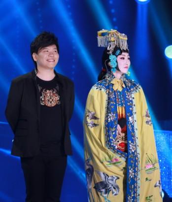 萨顶顶常石磊唱的歌_撒贝宁离奇受伤 单脚苦撑《梦想星搭档》-搜狐娱乐