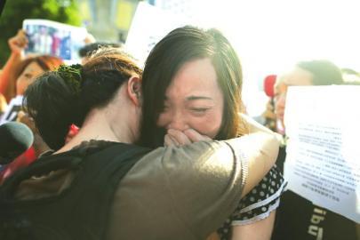 今年7月,湖南永州少女被迫卖淫案中受害者母亲唐慧诉永州劳教委终审胜诉。(资料图片)