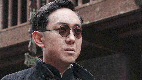 关亚军,郭涛演绎男版心计《弹孔》