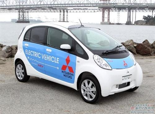 盖世汽车讯 据路透社报道,由于市场需求未达预期,三菱汽车计划在日本市场大幅下调i-MiEV小型电动车的售价,以期刺激该车型的销量。