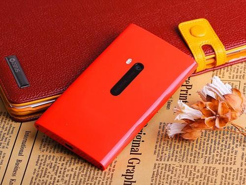 诺基亚920t后壳_lumia920换电池多少钱 我自已买了一个诺基亚920的电池后盖壳,到 ...