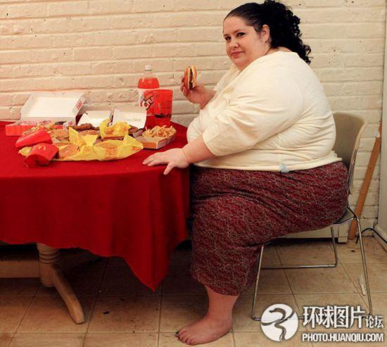 世界上最胖的女人_美国佛州女子罗莎莉 布拉德福德曾是 全世界最胖的