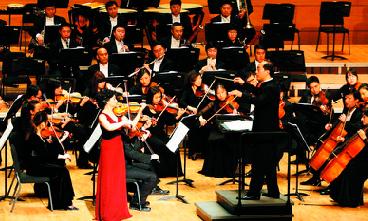 刘玉虎图片_刘玉霞师生音乐会青岛登台 小提琴炫出京剧味-搜狐娱乐