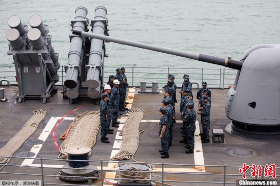 """应菲律宾政府的救灾请求,美国国防部11日决定增派""""乔治・华盛顿""""号航母赴菲律宾参与救灾。"""