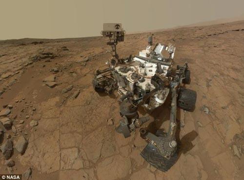 """""""好奇""""号火星车出现故障之前上传的最后自拍照"""