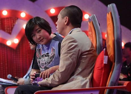 贾南_《爱情学院》英达惹哭白凯南 绝招打动丈母娘-搜狐娱乐