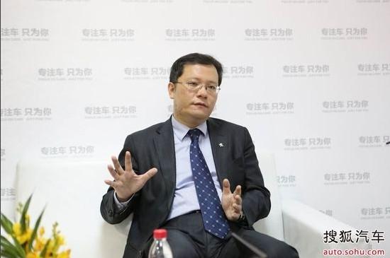 东风标致市场部副部长 李海港