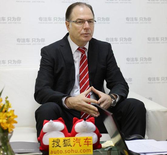 福建奔驰汽车工业有限公司总裁兼首席执行官 莱瑞宁