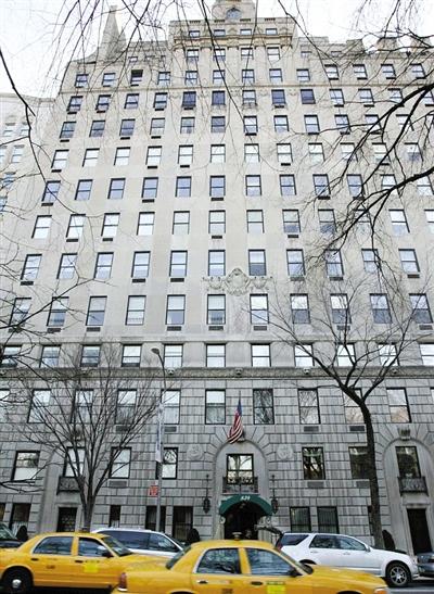 2005年,两人以4400万美元购入纽约市一套豪宅,装修花了5000万。