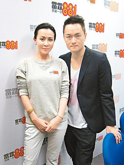 刘嘉玲接受梁泰来访问。