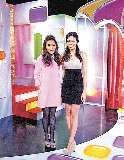 刘德华 黄芷晴/黄芷晴(右)与刘明轩主持有线《色香味主播室》。