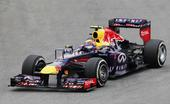 图文:F1巴西大奖赛正赛 韦伯在比赛中