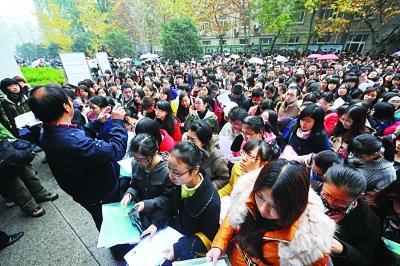 今年江苏考生共有6.4万。 刘浏摄