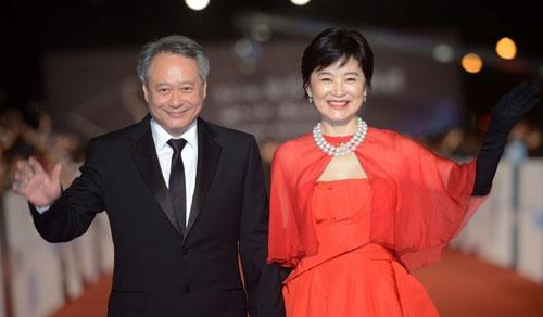 林青霞和李安携手走上红毯的一刻,台湾电影人最美好