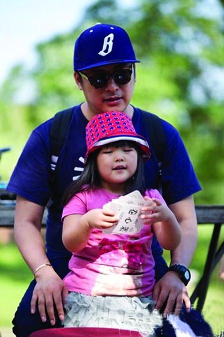 公王岳伦和女儿王诗龄(Angela)也成了观众议论的热点话题-李湘赞