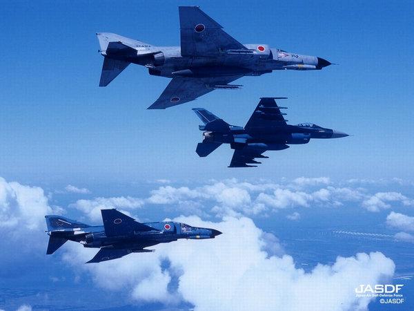 美战斗机在日本误扔模拟弹