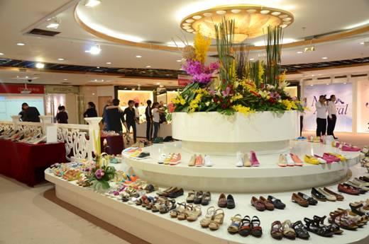 鞋业_富贵鸟鞋业 2014 年春夏新品发布
