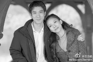 王力宏和小他10岁的女友。