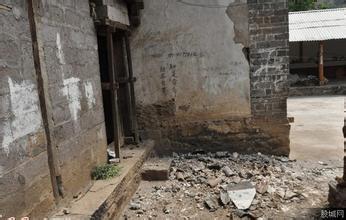 大理地震房屋拉裂 今年地震频繁引人担忧 图图片