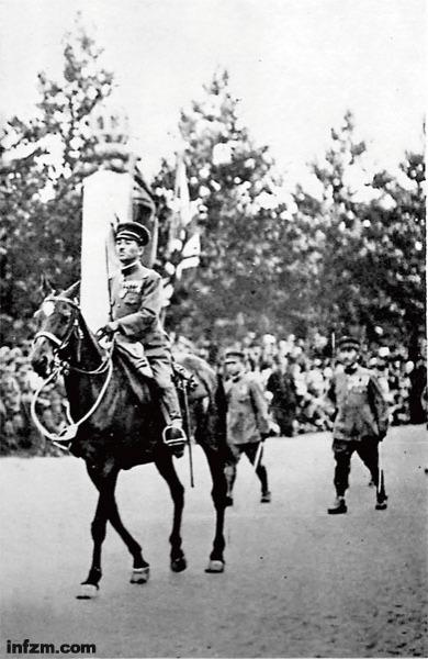 伦敦一战胜利大阅兵中的中国军事代表团(组图