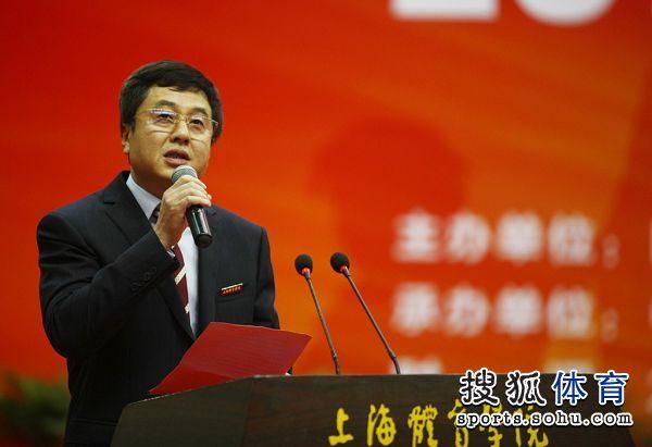 图文 乒乓球学院冠军班成立 施之皓任主持人