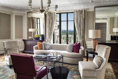 纽约瑞吉酒店总统套房起居室