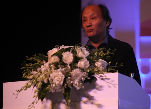 年度小说获奖人金宇澄发表获奖感言