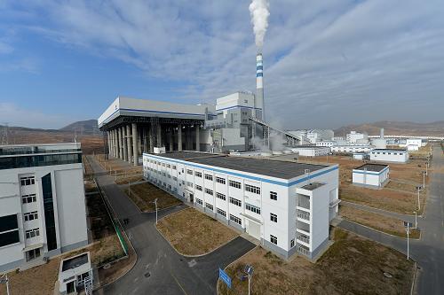 朝阳(辽宁),这是12月6日拍摄的辽宁朝阳燕山湖发电厂。