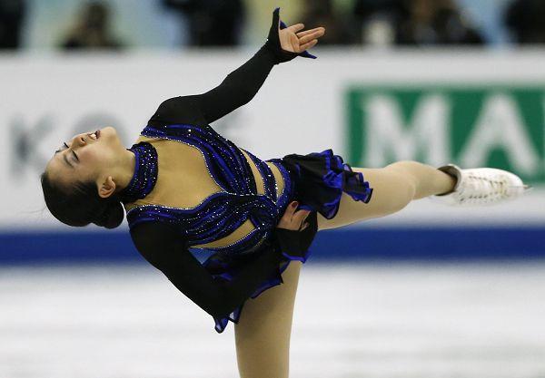 图文:花样滑冰总决赛女单 浅田真央表情投入