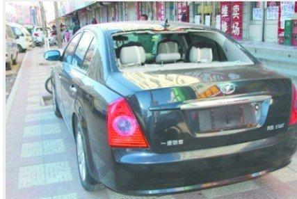 被嫌疑人砸坏偷盗的车辆。北国网、辽沈晚报驻葫芦岛记者 胡清 摄