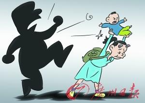 被摔女童_漫画:重庆被摔男婴左手脚无知觉,女孩家或有家暴致其模仿(韦荣景/cfp)