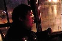 车长张师傅。(图片为视频截图)