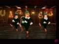 《爸爸去哪儿片花》独家圣诞版摇头娃娃 石头Angela桌上起舞