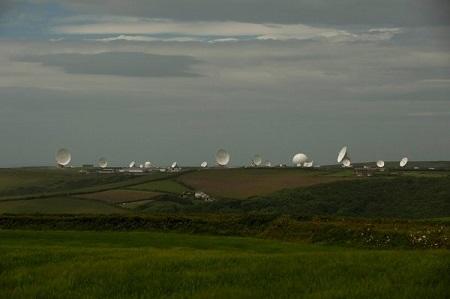 英格兰康沃尔郡,英国情报机构政府通讯总部一个站点的卫星天线。该机构与美国开展了密切合作。