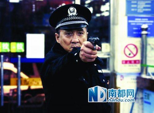 由丁晟导演,成龙、刘烨、景甜主演的《警察故事20 13》正式登陆大银幕