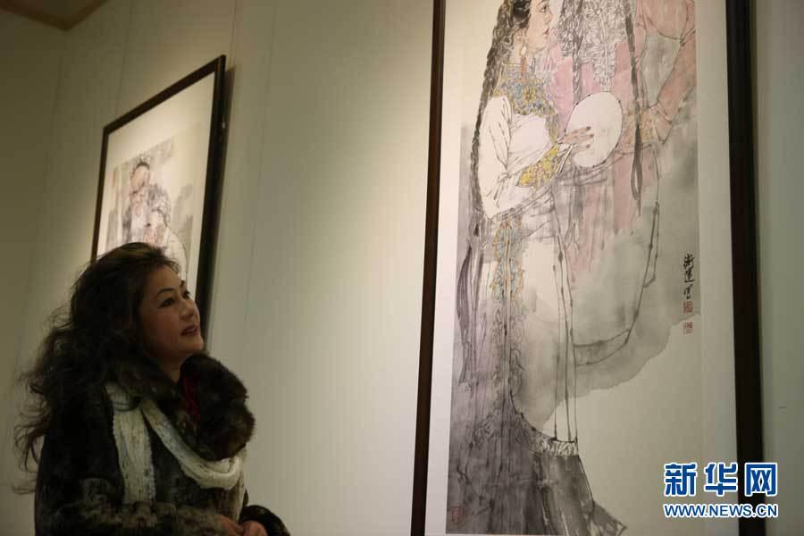 12月23日,中国美术家协会秘书长刘健在开幕式上发言。新华网发 刘长龙
