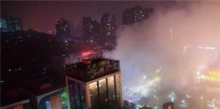 泸州摩尔商城发生连环爆炸