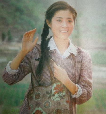 旧相片-倪萍年轻时的照片-倪萍年轻时清纯旧照曝光 曾是大众 梦中情人图片