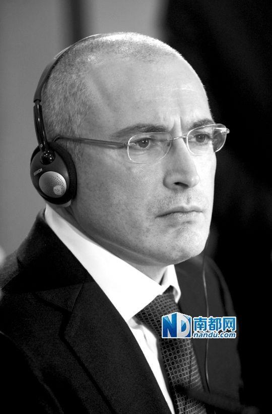 上月22日,柏林,霍多尔科夫斯基出狱后举行新闻发布会。