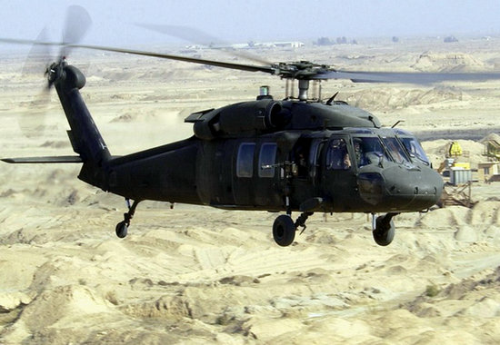 资料图:美国陆军UH-60黑鹰直升机。