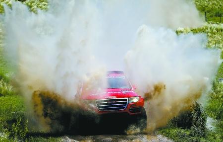 中国车队首夺达喀尔赛段冠军